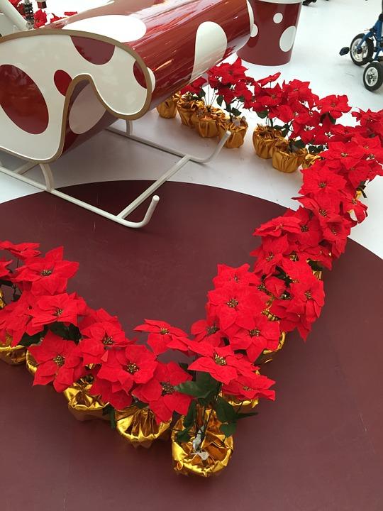 seasonal-decoration
